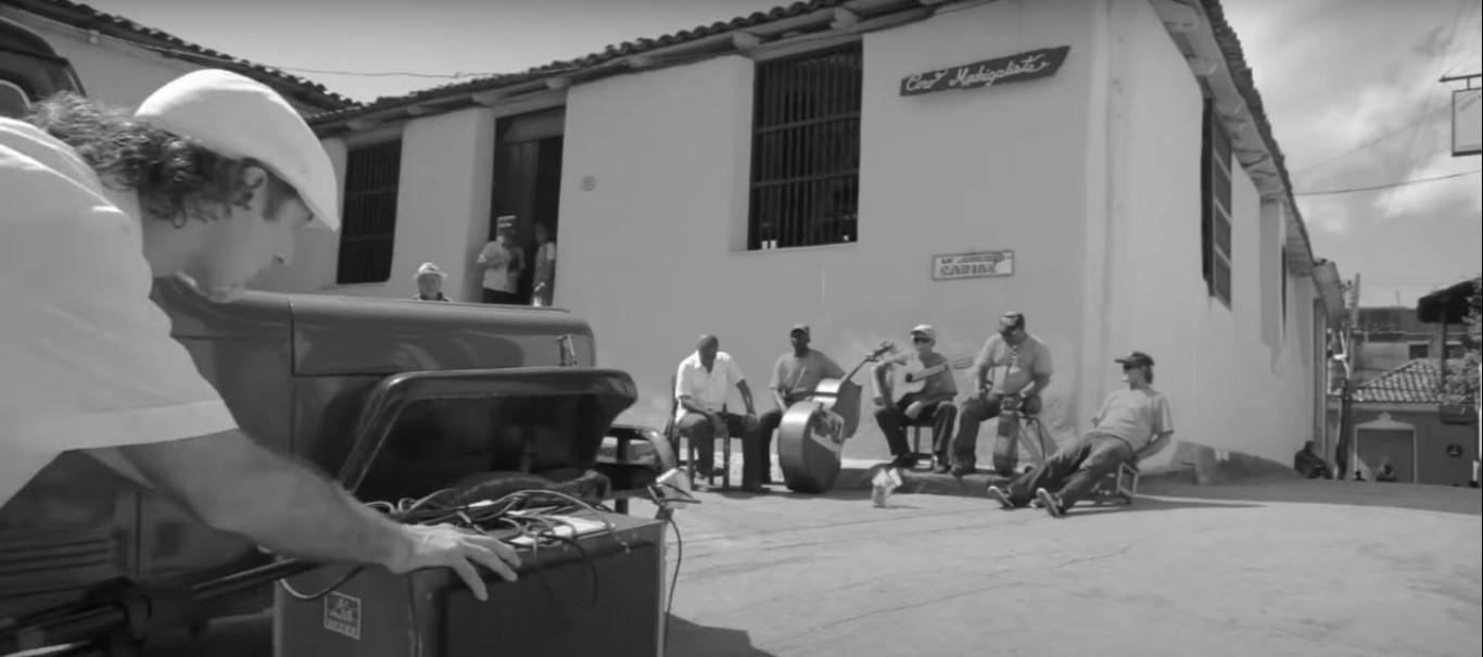 Sergent Garcia – Tema: Los desaparecidos